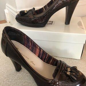 Anne Klein Flex bronze/brown reptile print heels